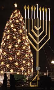Xmas tree & menorah